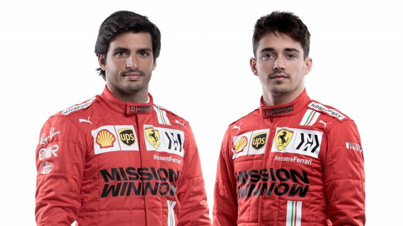 Carlos Sainz ya viste de rojo Ferrari