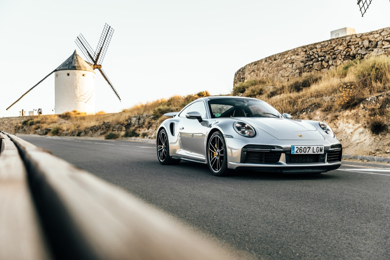 Porsche 911 Turbo S, un animal al acecho